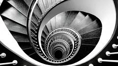 20171103_205848 (katharina_amari) Tags: treppe stairs buldings architectuere bw blackandwhite schwarzweiss monochrom