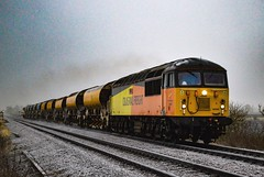 56302 + 56094 - North Fen - 21/01/17. (TRphotography04) Tags: colas rail freight 56302 peco 56094 thrash past bitterly cold north fen working 6c60 0901 ely up goods loop whitemoor yard ld c gbrf grids cambridgeshire 0854 210117 drove train locomotive diesel uk