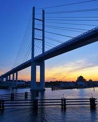 Rügenbrücke (danielrudolf.pics) Tags: rügen inselrügen mv mecklenburgvorpommern ostsee ostseeinsel ostseeküste rügendamm sonne sonnenuntergang blue blau blauestunde stralsund