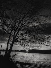 Black& White Sunset (ilfotografodellapausapranzo1) Tags: fiumepo guastalla natura fantasticnature blackwhite biancoenero emiliaromagna lovesnature amazingnature