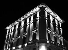 Palace PD #3 (jakker_trails) Tags: city città palace buildings urban urbano details particolari blackandwhite light corners dark black nero street streetphotography architecture design strada canon eos1300d emotion