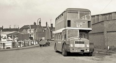 Turning at LBZ (Lost-Albion) Tags: unitedcounties nbc bristolfs 668 cnv668bleightonbuzzard bedfordshire 1975