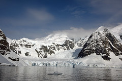 Brown_2017 12 11_3112 (HBarrison) Tags: harveybarrison hbarrison antarctica antarcticpeninsula brownstation paradiseharbor arctic antarctic arcticantarctic