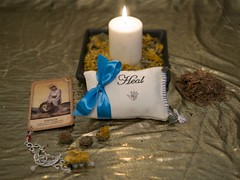 heal (marcusbentus) Tags: mystical desire wish enchantment lovepillow pillow love leica dg summilux 25f14 panasonic lumix gx7 aspellforyou spell for you magic wicca wican pagan white witch whitewitch witchcraft crystal mystic heal healingspell spellcasting