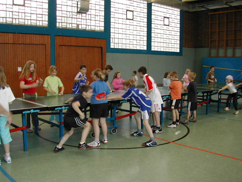 "2008 Vorstellung bei der OGS Zons • <a style=""font-size:0.8em;"" href=""http://www.flickr.com/photos/152421082@N04/40253659892/"" target=""_blank"">View on Flickr</a>"