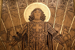 Adoration of St. Joan of Arc (Wooden Carving),  National Portrait Gallery (dckellyphoto) Tags: wood wooden carved relief gold gilt woodencarving nationalportraitgallery washingtondc districtofcolumbia dc 2018 art artwork lowrelief adorationofstjoanofarc jwilliamfosdick fosdick stjoanofarc joanofarc