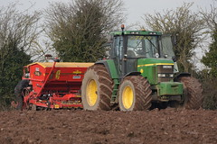 John Deere 7810 Tractor with a Vaderstad Rapid 300 Super XL Seed Drill (Shane Casey CK25) Tags: john deere 7810 tractor with vaderstad rapid 300 super xl seed drill jd green glanworth beans spring traktor traktori trekker tracteur trator ciągnik sow sowing set setting drilling tillage till tilling plant planting crop crops cereal cereals county cork ireland irish farm farmer farming agri agriculture contractor field ground soil dirt earth dust work working horse power horsepower hp pull pulling machine machinery grow growing nikon d7200