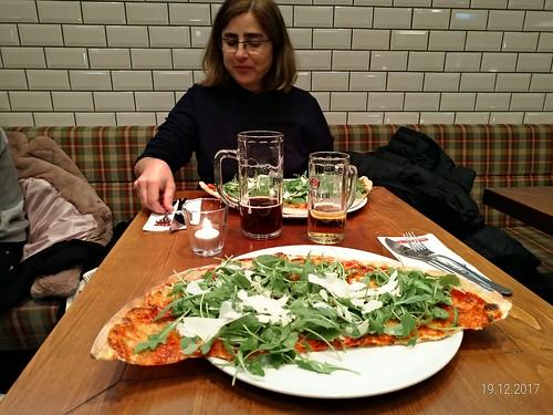 A pizza da L'Osteria de Berlim!