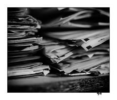 Paperasse [III] (gravelin.yves) Tags: papier naturemorte nikon d850