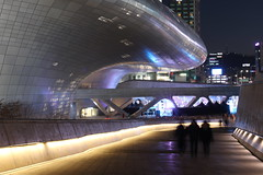 Dongdaemun Design Plaza (mbphillips) Tags: 韓國 ddp dongdaemun design plaza 동대문디자인플라자 junggu 중구 中區 동대문 東大門 future futuristic architecture mbphillips zaha hadid night nighttime sigma1835mmf18dchsm dark darkness asia 亞洲 fareast アジア 아시아 亚洲 夜晚 밤 noche 黑暗 어둠 oscuro dongdaemungu 동대문구 東大門區 korea 韩国 southkorea 대한민국 republicofkorea 大韓民國 geotagged photojournalism photojournalist spaceship 将来 futuro 將來 미래 건축학 arquitectura 建筑学 建築學 curve 한국 canon80d