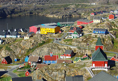 Day 10: Colorful houses of Sisimiut (Northern Adventures) Tags: greenland greenlandic north deepnorth travel exploration journey trip adventure nature scenery scenic trail arcticcircletrail path footpath hike hiking trek trekking track tracking backpacking wandering walk walking august summer latesummer westerngreenland sisimiut town city village settlement house houses colorful colorfull