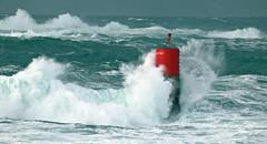 Marco BP (50) (marcbihanpoudec) Tags: tempête balise brividic vagues porspoder bretagne