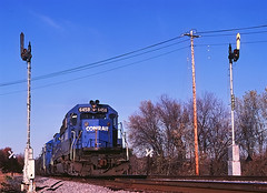 CR 6458                      4-84 (C E Turley) Tags: trains railroads railway cr conrail el semaphore