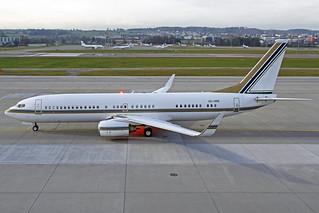 Saudi Oger Boeing 737-8AN(BBJ2) HZ-HR5 ZRH 26-01-18