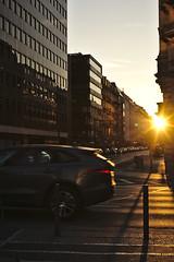Sunset in the City :: Frankfurt am Main (tmertens0) Tags: frankfurt hessen deutschland europa europe germany stadt city winter morgen morning blue hour blaue stunde kalt cold pentaxm 50 14 sunset sonnenuntergang gegenlicht backlight