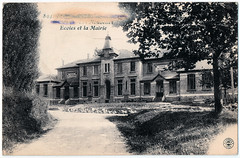 Les Nouvelles Ecoles (pepandtim) Tags: postcard old early nostalgia nostalgic les nouvelles ecoles new schools mairie carte postale farges bg lyon erased great war wwi army post office 04091917 1917 william weston grahams road grahamstown falkirk stirlingshire scotland pencil active service father temporary captain royal medical corps elliptical censor stamp passed field 5278 gotha bomber london sopwith camel york city canal street henry ford detroit edsel 1945 1979 1987 45lne42