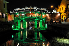 Japanese Covered Bridge - Hoi An (Valdy71) Tags: japanese bridge ponte night color hoian vietnam travel nikon valdy