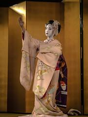 Tatsuha (Rekishi no Tabi) Tags: maiko geiko geisha apprenticegeisha apprenticegeiko kyoto gion kobu japan leica traditionaljapaneseculture