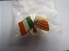Irish Catalan Flags Badge (sean and nina) Tags: irish republican political politics metal enamel pin badges lapel sinn fein netwrok for unity provisional official real new ira inla onh army liberation national oglaigh na heireann ireland eire eireann commemorative socialist irsp remembrance collectable h blocks easter 1798 1981 hunger strike strikers graves association united irishmen catalan catalunya catalonia