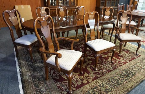 Cherry Queen Anne Style Table w/ 8 Chairs ($644.00)