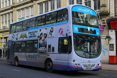 SF07 FCG, Union Street, Glasgow, March 2nd 2016 (Southsea_Matt) Tags: sf07fcg 37191 firstglasgow wright eclipse gemini volvo b9tl bus omnibus vehicle passengertravel publictransport canon 60d sigma 1850mm 2016 spring march unitedkingdom scotland glasgow unionstreet