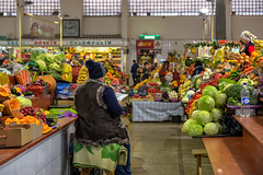 Kiev: Vladimirsky (VolodymryskyI) Rynok (Jorge Franganillo) Tags: market marketplace farmersmarket mercado mercadodeproductores ucrania kyivcity kyiv ukraine kiev fruit vegetables україна київ киев