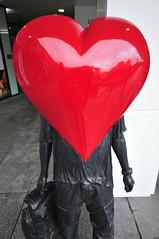 _DSC8329 (alfplant2009) Tags: heart red statue love valentine birmingham cube shiny