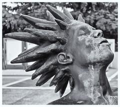 Face (JOSEAN GOMEZ) Tags: textures texturas canon canoneos60d blackwhite blancoynegro streetphotography silverefexpro2 digital digitalphotography fotografiacallejera fotocallejera lightroom 35mm