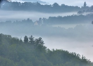 A foggy day in the Dordogne