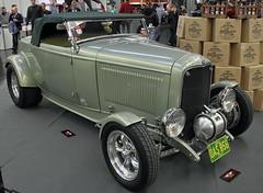 Highboy Hot Rod (Schwanzus_Longus) Tags: essen motorshow german germany us usa america american old classic vintage car vehicle hot rod ford highboy custom convertible