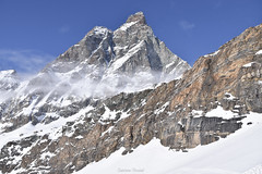 ESCAPADES - Cervino (Italia - AO) (delphinevacelet) Tags: mountains montagnes landscape paysage neige snow winter hiver cervin cervinia italie cervino alps alpes sommet peak roches rocks pic italy