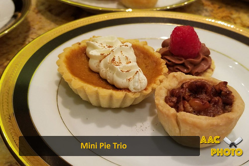 """Mini Pie Trio • <a style=""""font-size:0.8em;"""" href=""""http://www.flickr.com/photos/159796538@N03/40464370281/"""" target=""""_blank"""">View on Flickr</a>"""