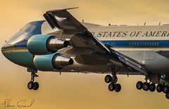 United States - US Air Force Boeing VC-25A Air Force One 92-9000 (Florian GIORNAL) Tags: united states us air force boeing vc25a one 929000 lszh zurich zrh zrhmovements kloten wef wef2018 avgeek aviation aviationphotography airport aircraft aeroport airliner military army usaf landing atterrissage rwy piste 16 spotting spotter swiss switzerland suisse davos donald trump president etat unis america world economic forum business
