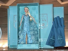 Frozen: The Broadway Musical Elsa doll (potc4mermaids) Tags: frozen broadway frozenbroadway limited edition elsa doll limitededition limitededitiondoll disney disneydoll disneybroadway