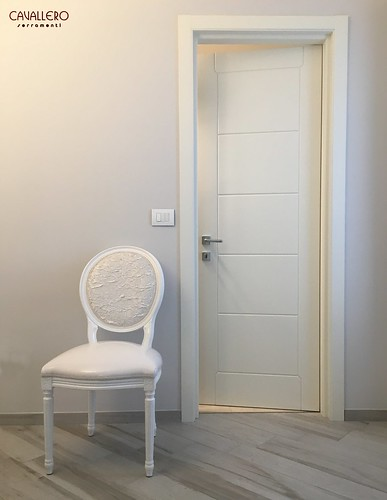 Porta interna pantografata bianca moderna PP0015