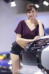 2018 TAIPEI INT'L AUTO SHOW Beautiful Model MITSUBISHI MOTORS TAIWAN (Yung Chin Su) Tags: contax planar t 2135 autoshow beautifulmodels showgirls
