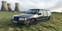 940 GL (Sam Tait) Tags: rollin wheels steel peoples iconic icon car design classic project tower cooling wagon stationwagon 945 1992 rare retro blue estate gl 940 volvo