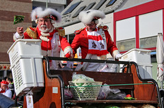 Eschweiler, Carnival 2018, 278 (Andy von der Wurm) Tags: karneval karnevalszug karnevalsumzug carnival carnivalparade costumes costume kostüm kostüme farbig bunt colorful colourful farbenfroh verkleidet dressedup smile smiling laughing lachen lächeln portrait girl boy female male teen teenager twen adult eschweiler 2018 nrw nordrheinwestfalen northrhinewestfalia germany deutschland alemagne alemania europa europe andyvonderwurm andreasfucke hobbyphotograph lustforlife groove lebensfroh lebensfreude hübsch pretty beautiful