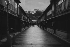 2013_Kanazawa-08 (peaceblaster9) Tags: winter kanazawa japan travel monochrome blackandwhite bw bnw 初心者 北陸 金沢 冬 モノクローム モノクロ 白黒