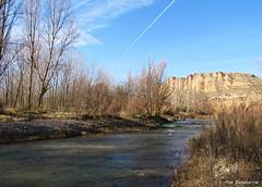 El río de Quel (kirru11) Tags: río agua hiervas campo ríocidacos peñas rocas quel larioja españa kirru11 anaechebarria canonpowershot