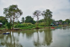 Chao Phraya river seen from a small restaurant near Bang Pa-In in Ayutthaya province, Thailand (UweBKK (α 77 on )) Tags: chao phraya river water flow reflection rain clouds trees view bang pain ayutthaya province thailand southeast asia sony alpha 77 slt dslr