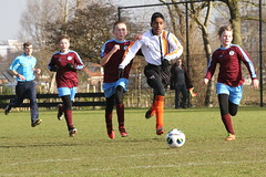 "HBC Voetbal • <a style=""font-size:0.8em;"" href=""http://www.flickr.com/photos/151401055@N04/39321009665/"" target=""_blank"">View on Flickr</a>"