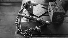 Bohrer (krieger_horst) Tags: stahlwerk brandenburg technischesdetail bohrer kette