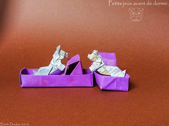 Petits jeux avant de dormir - playing before spleeping. (Magic Fingaz) Tags: anjing barthdunkan chien chó dog hond hund köpek origami perro pies пас пес собака หมา 개 犬 狗