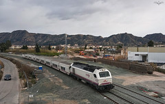 Altaria entrando en Murcia (lagunadani) Tags: paisaje talgo talgoiv 334 vossloh tren ferrocarril railway murcia obras lav locomotora renfe altaria diesel