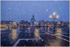 Snow in Venice (aviana2) Tags: venice italy snow winter bluehour city lights aviana sonya7ii
