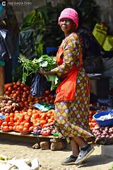 16-09-21 Uganda-Rwanda (81) Kampala R01 (Nikobo3) Tags: áfrica uganda kampala culturas color people gentes portraits retratos social mercados markets travel viajes nikon nikond800 d800 nikon7020028vrii nikobo joségarcíacobo