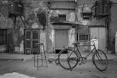 ... better safe than sorry ... (Klaus Mokosch) Tags: bike safe delhi india indien asia asien blackwhite schwarzweiss monochrome street urban city