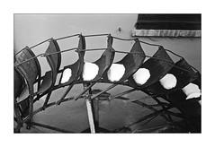 Pale ... di neve    ;/) (schyter) Tags: leningrad gomz jupiter12 kodak trix 400 320 raprie201 sverdlovsk4 adox adonal 137 8min 20°c epson v600 rangefinder sovietcamera sovietlightmeter sovietlens analogica analogic analogicait film pellicola 135 35mm argentica blackwithe bianconero bianco nero homemadedevelopment homemadescanned lodiagiano basiasco italia italy