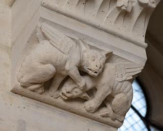 Carved capital | Salle des Gardes | Conciergerie | Paris-18